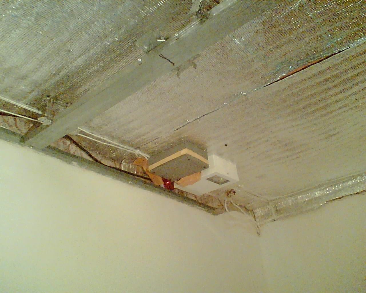 Установка светодиодной ленты под натяжной потолок своими руками
